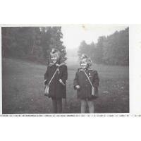 Krysia i Ewa Karnath, Sopot 1954 r.