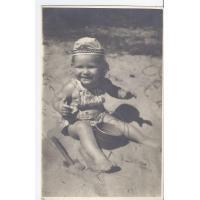 Barbara Nawrocka na plaży, Sopot 1950 r.