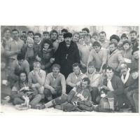 Edward Hodura z drużyną Ogniwa  w dniu zdobycia pucharu Polski, 1988 r.