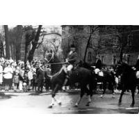 Parada konna z okazji 1 maja, Sopot 1961 r.