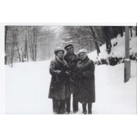 Helena Błasińska z synem Andrzejem i synową Elżbietą, Sopot lata 70. XX w.