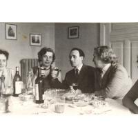 Spotkanie towarzyskie w domu rodziny Wieloszewskich na ul. Kościuszki 11, Sopot lata 60. XX w.