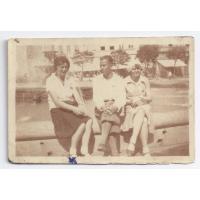 Izabella Stern (pierwsza z lewej) na zawodach w Belgradzie, 08.1939 r.