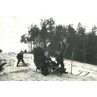 Bolesław i Halina Pragert z synem Przemysławem na Łysej Gorze, Sopot 1955 r.