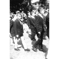 Marek Pragert na procesji. Boże Ciało, Sopot 1963 r.