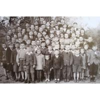 Mieszkańcy Stawowia i personel PDD nr5, Sopot po 1945 r.jpg