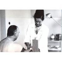 Teresa Lichodziejewska w pracy, Poradnia Higieny Pracy, Sopot 1964 r.
