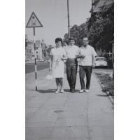 Rodzina Wójtowicz na Alei Niepodległości, Sopot lata 60. XX w.