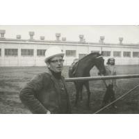 Wojciech Kowerski podczas obchodów Stulecia założenia torów w Pardubicach, ok. 1975 r.